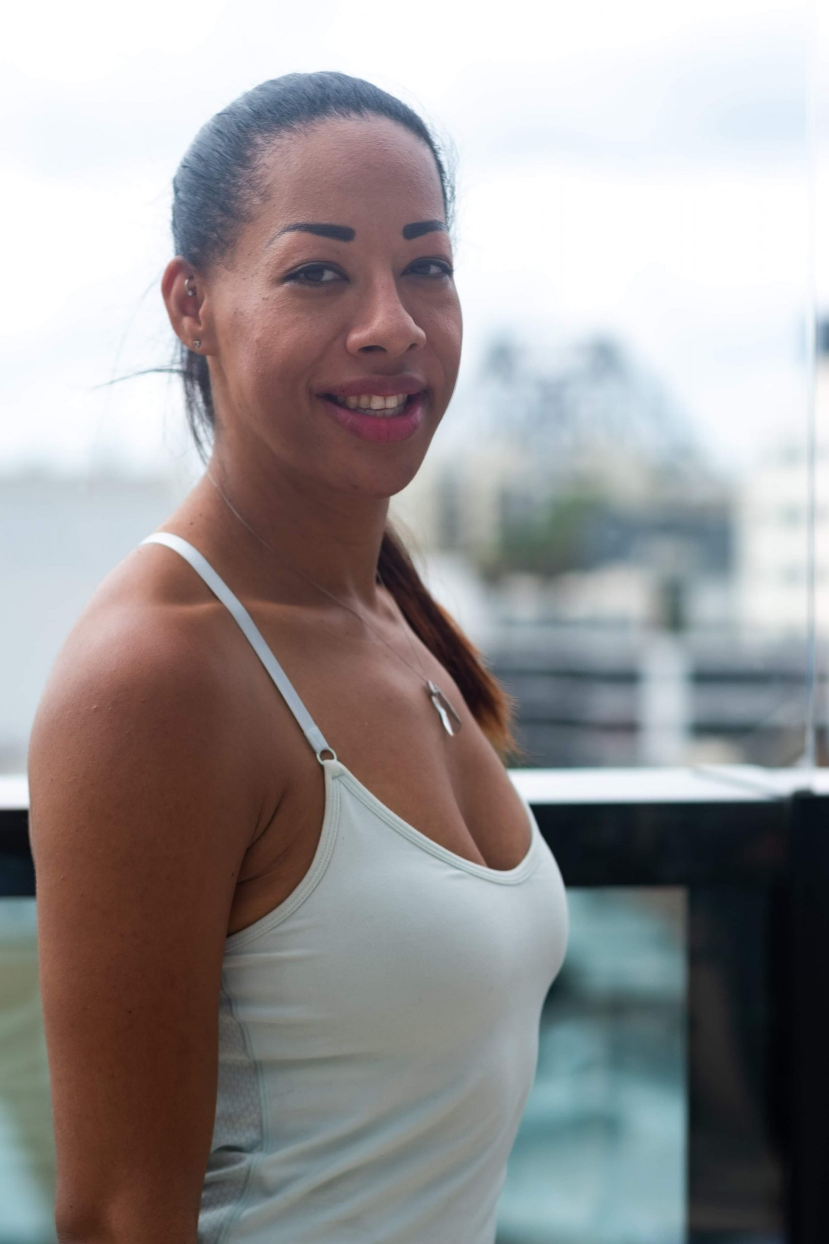 Cavelle Yoga Teacher with Inna Essence