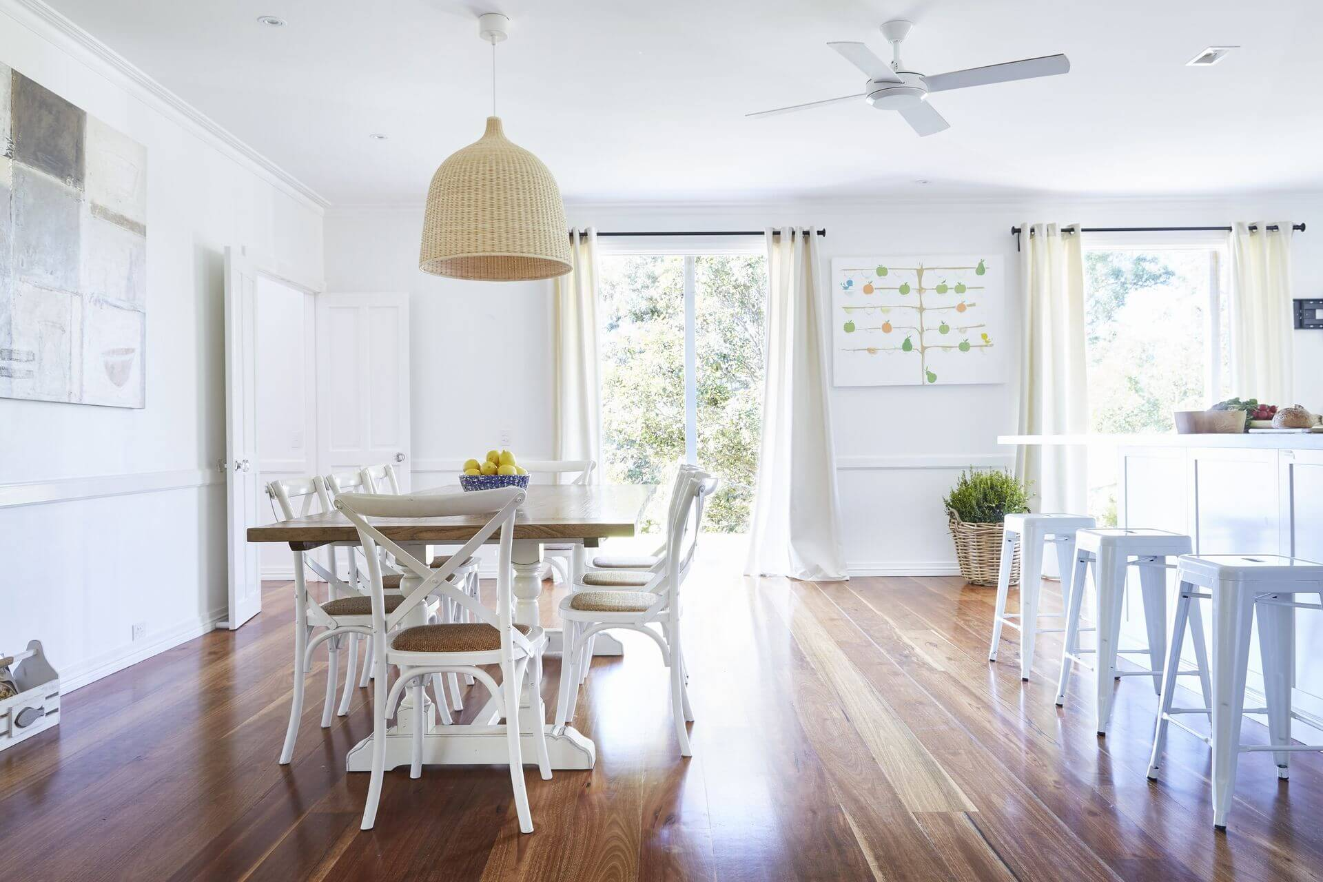 Kitchen and dining open plan Hamptons